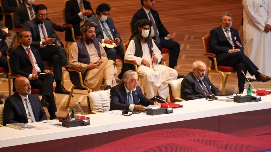 Comienzan negociaciones entre talibanes y Gobierno afgano