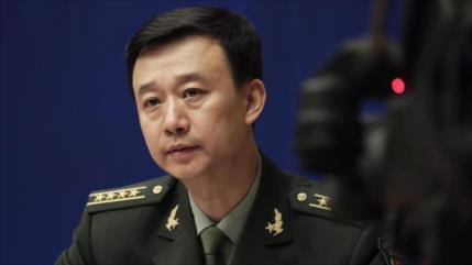 China a EEUU: Deja de considerar amenazas a los demás; mira dentro