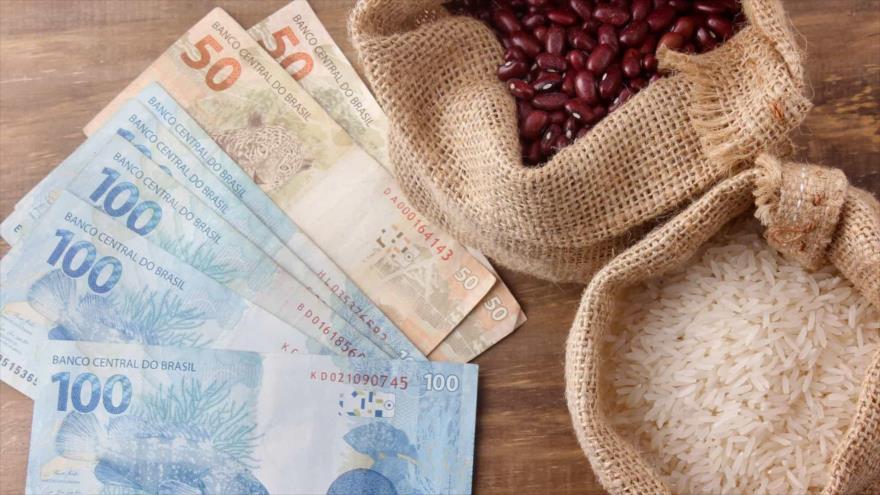 Los precios de los alimentos suben en Brasil.