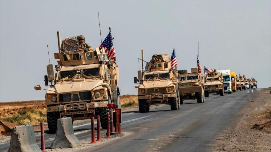 Un convoy de vehículos militares de EE.UU. en el norte de Irak que se dirige hacia Siria, 26 de octubre de 2019. (Foto: AFP)