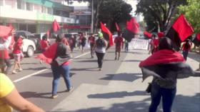 Ciudadanos en Panamá marchan por el derecho a la vivienda digna