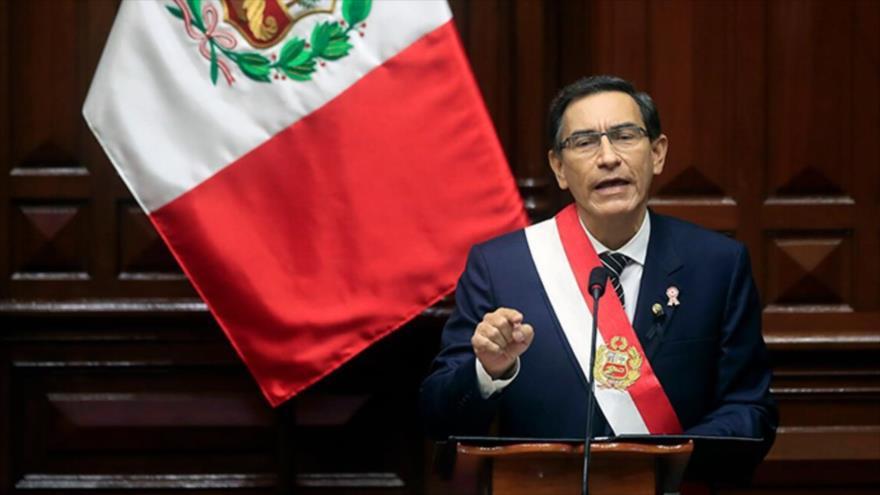Presidente Vizcarra se salva de ser destituido por el Congreso | HISPANTV