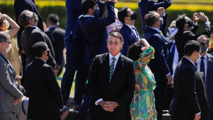El presidente de Barsil, Jair Bolsonaro, aparece sin mascarilla en la ceremonia del Día de la Independencia, 7 de septiembre de 2020. (Foto: AFP)