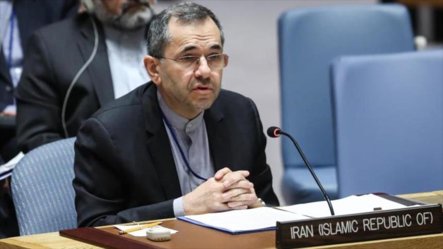 El representante permanente de Irán ante las Naciones Unidas, Mayid Tajt Ravanchi, durante una sesión del Consejo de Seguridad.