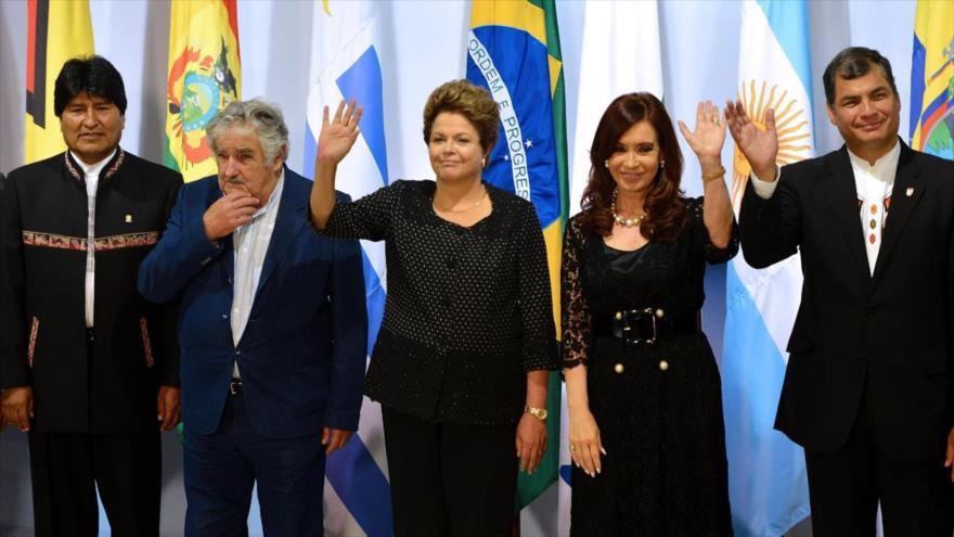 Líderes latinoamericanos abogan por la democracia en Ecuador | HISPANTV