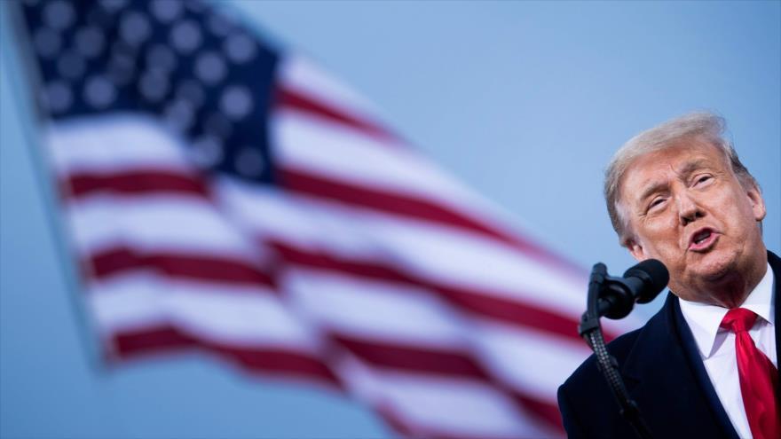 Trump amenaza con emitir orden ejecutiva para descalificar a Biden | HISPANTV