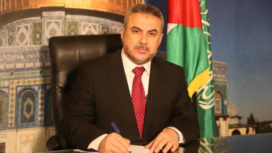 Ismail Rezvan, miembro de alto rango del Movimiento de Resistencia Islámica de Palestina (HAMAS), en su despacho.
