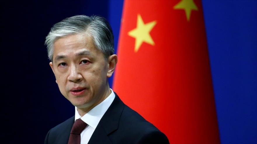 El portavoz de la Cancillería china, Wang Wenbin, en una conferencia de prensa celebrada en Pekín, la capital china.