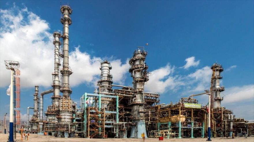 La refinería de la Estrella del Golfo Pérsico ubicada en el puerto de Bandar Abás, en el sur de Irán.