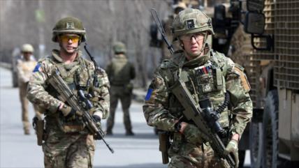 Londres admite ilegalidad de su presencia en Afganistán e Irak