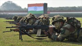India amenaza con disparar si tropas chinas se acercan a su frontera