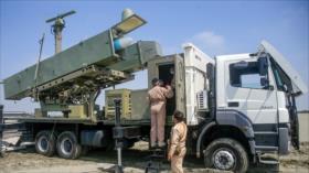 Irán se jacta de ser independiente en producción de armas