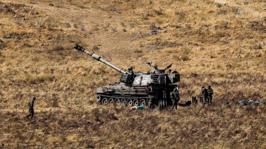 Un tanque del ejército israelí durante un ejercicio militar en el Golán sirio ocupado, 24 de junio de 2020. (Foto: AFP)