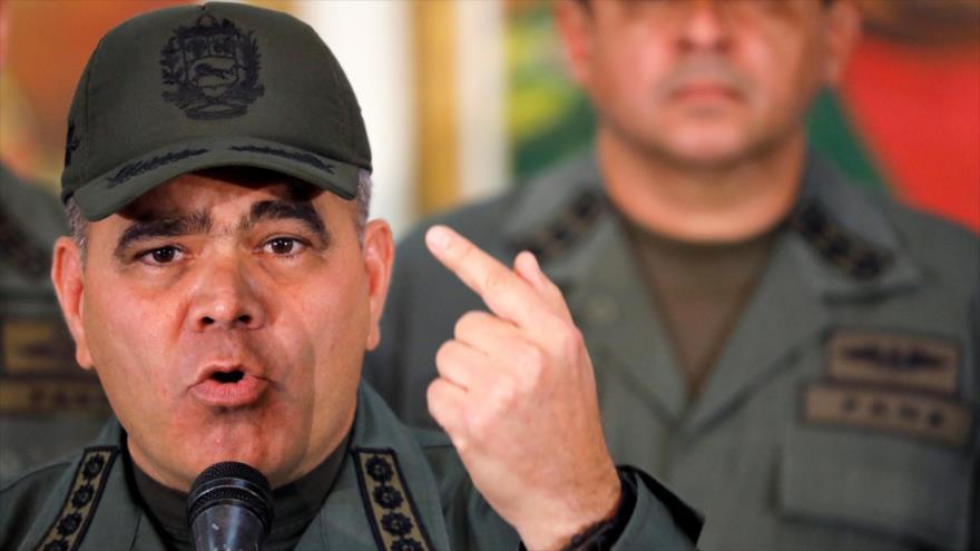 El ministro venezolano de Defensa Vladimir Padrino López en una rueda de prensa en Caracas (la capital), 19 de febrero de 2018. (Foto: Reuters)