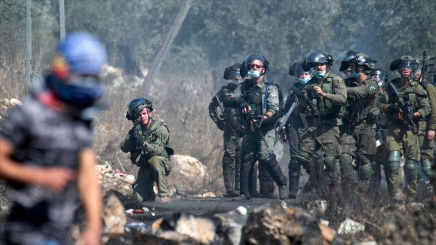 Fuerzas israelíes hieren a 15 manifestantes palestinos en Cisjordania