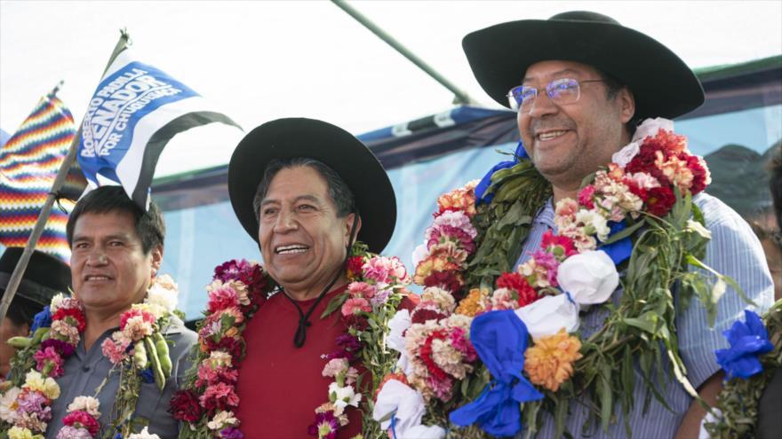 El candidato por el Movimiento al Socialismo (MAS), Luis Arce, en una visita electoral en Tupiza, sur de Bolivia, 6 de marzo de 2020. (Foto: AFP)