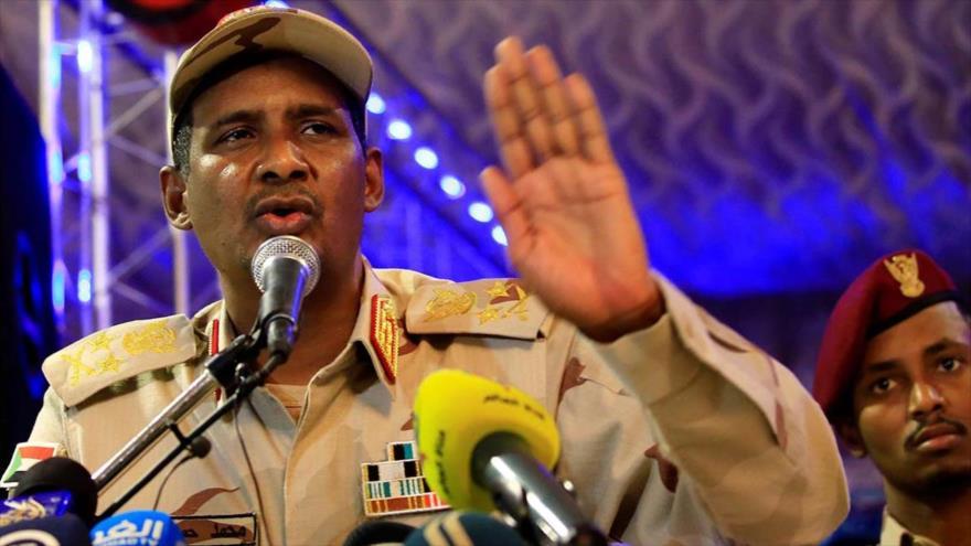 El vicepresidente del Consejo Militar de Transición de Sudán, el teniente general Muhamed Hamdan Daglo.