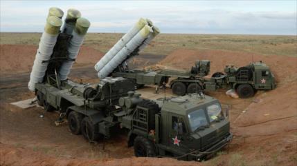 Rusia dispuesta a vender sistema de misiles S-400 a Irán