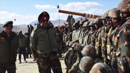India excava un túnel para el envío de tropas a frontera con China