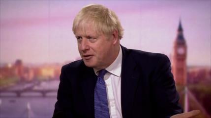 Johnson vuelve a amenazar: Reino Unido prosperará con Brexit duro