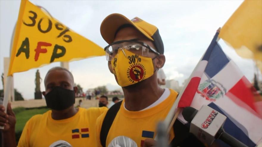 Dominicanos rechazan impuestos en Presupuesto 2021