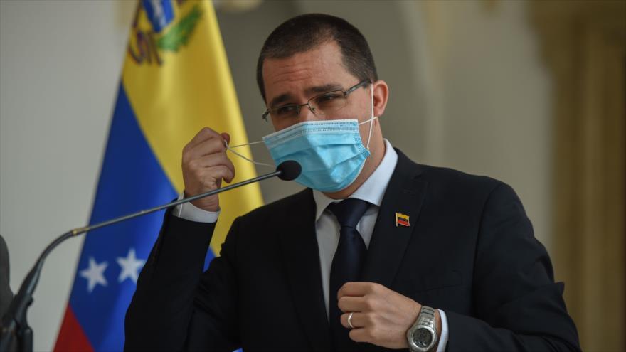 El canciller venezolano, Jorge Arreaza, en una rueda de prensa en la Cancillería del país, Caracas, 28 de septiembre de 2020. (Foto: AFP)