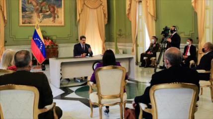 Maduro crea centro de inversión productiva para captar capitales
