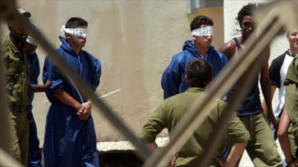 Presos palestinos inician huelga de hambre en apoyo a Maher Ajras