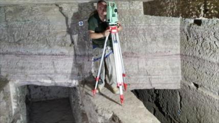 Arqueólogos hallan decenas de tumbas de faraones egipcios