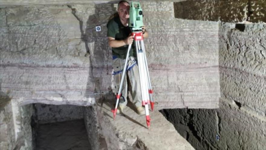 Arqueólogos hallan decenas de tumbas de faraones egipcios | HISPANTV