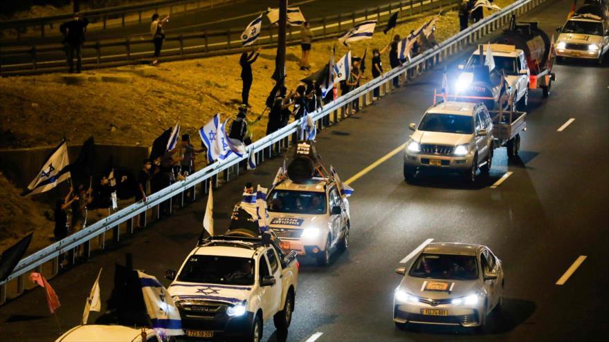 Convoy de protesta contra Netanyahu por corrupción   HISPANTV
