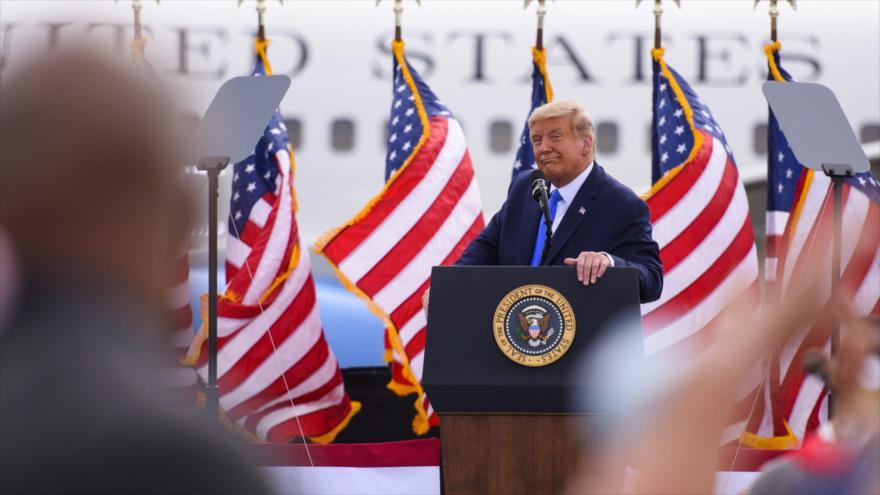 El presidente de EE.UU., Donald Trump, durante un mitin de campaña celebrado en Greenville, Carolina del Norte, el 15 de octubre de 2020. (Foto: AFP)