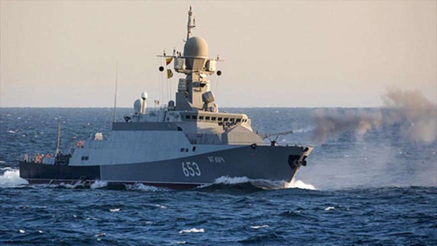 Una de las corbetas de misiles guiados de la Flotilla del Mar Caspio de Rusia.