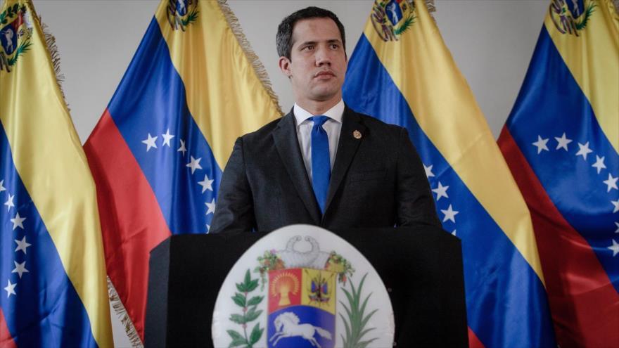 El autoproclamado presidente de Venezuela, Juan Guaidó, en una reunión en Caracas, capital, 23 de septiembre de 2020. (Foto: AFP)