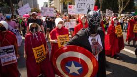 Mujeres protestan en EEUU contra Trump y candidatos republicanos