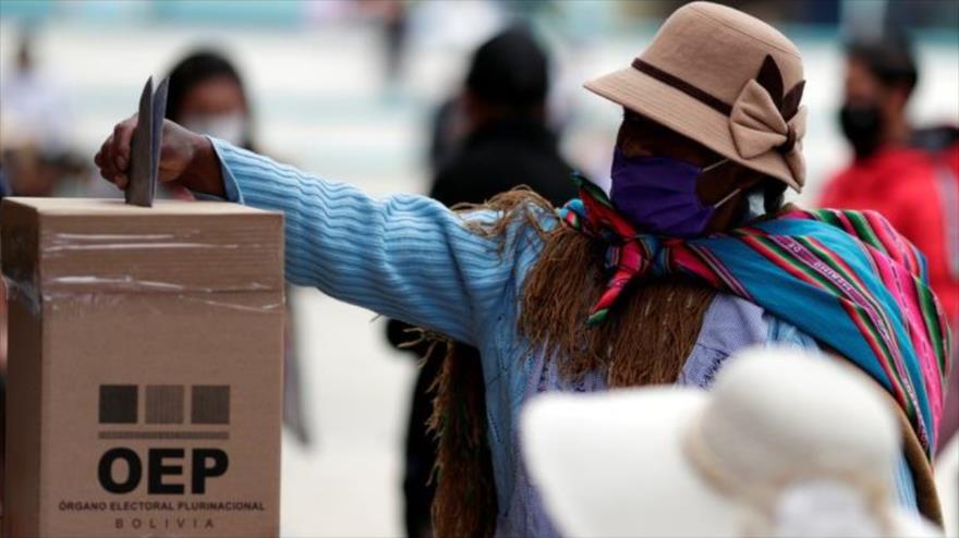 Cierran mesas de votación en Bolivia; se esperan resultados