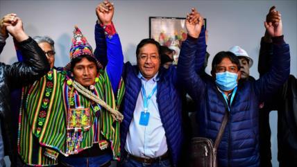 """Canciller iraní felicita """"contundente triunfo"""" del MAS en Bolivia"""