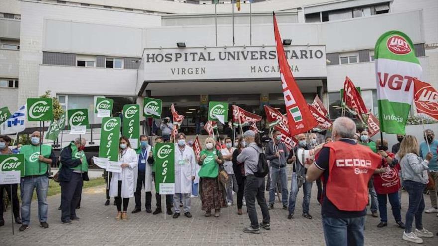 Sanitarios de España protestan por mejores condiciones laborales