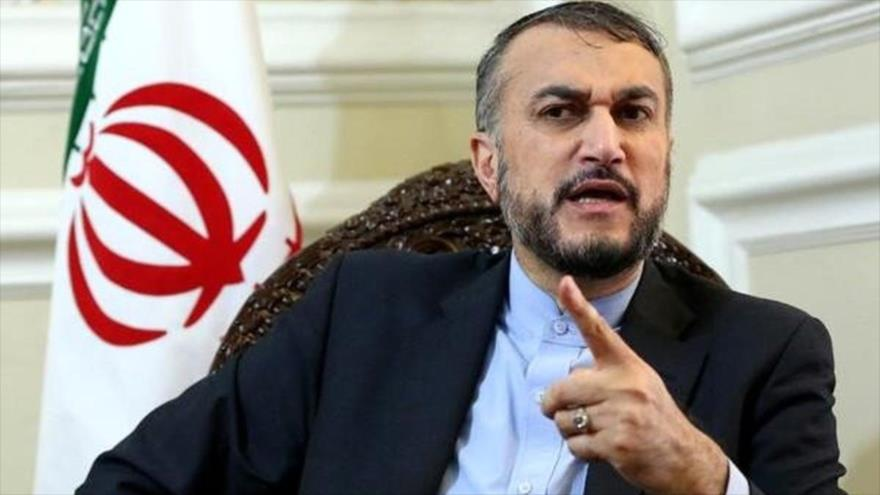 Eldirector general para Asuntos Internacionales del Parlamento iraní, HoseinAmir Abdolahian.