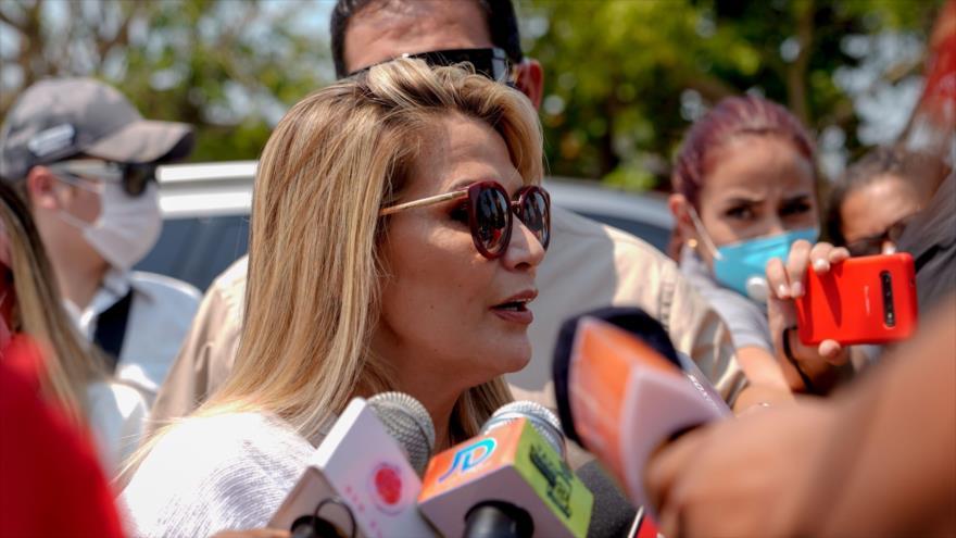 ¿Tiempo de fuga? Áñez pide a EEUU 350 visas tras victoria de Arce | HISPANTV