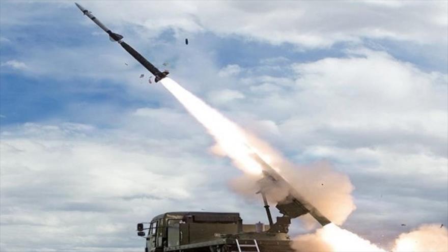 Vean cómo misiles rusos destruyen sitios de robo de crudo sirio | HISPANTV