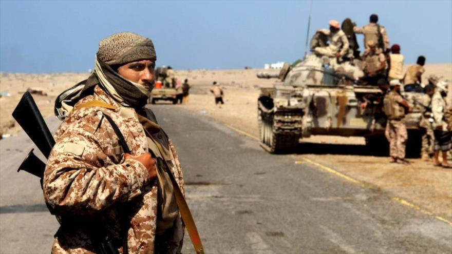Mercenarios de la llamada coalición saudí en Moca (Yemen), 11 de enero de 2017. (Foto: AP)