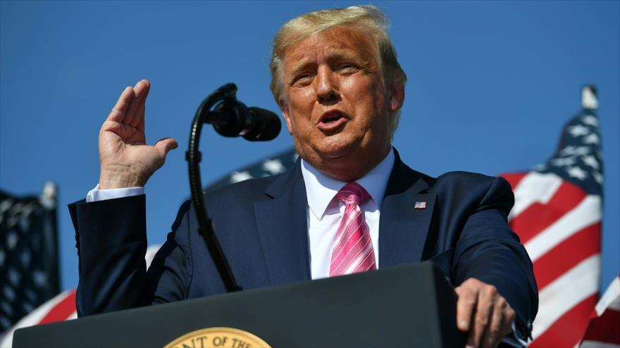 Trump pide cortar los estúpidos tests para reducir casos de COVID-19