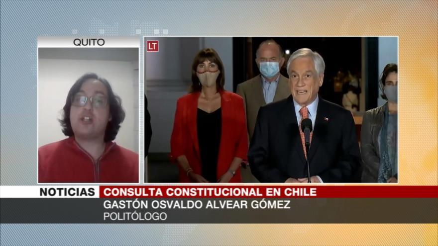 Chilenos desechan Constitución de Pinochet, favorable a la derecha