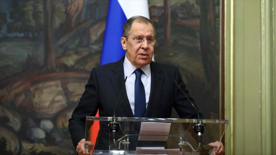 El canciller de Rusia, Serguéi Lavrov, ofrece una rueda de prensa en Moscú, 19 de octubre de 2020. (Foto: AFP)