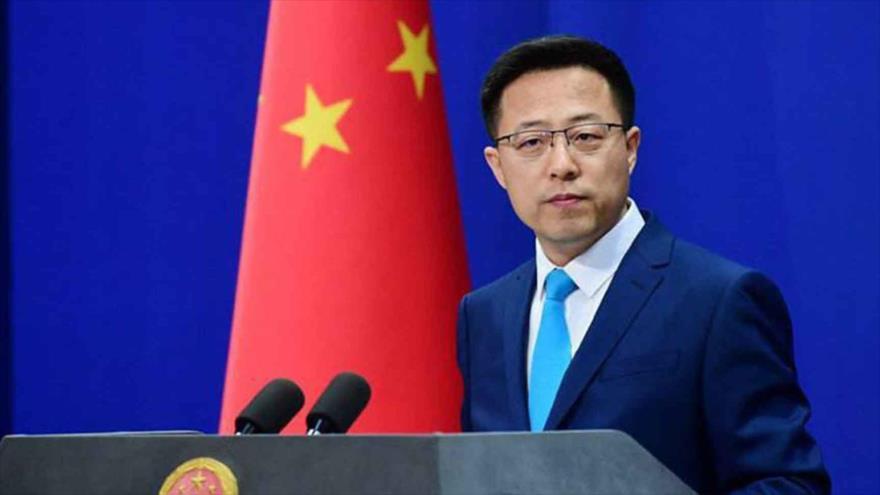 El portavoz del Ministerio de Relaciones Exteriores de China, Zhao Lijian, en una sesión informativa en Pekín, la capital.