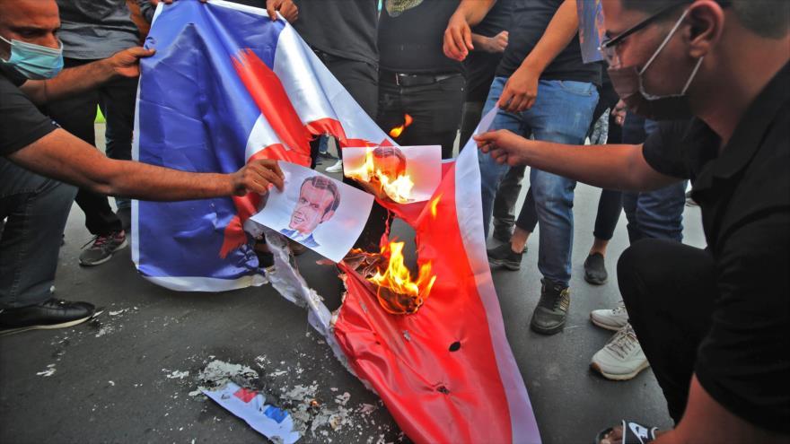 Irán convoca a representante francés por insultos al profeta del Islam