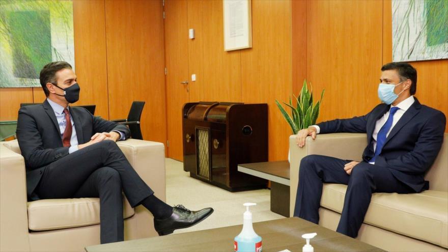 El opositor venezolano Leopoldo López (dcha.) y el presidente del Gobierno español, Pedro Sánchez, se reúnen en Madrid (capital de España), 27 de octubre de 2020.
