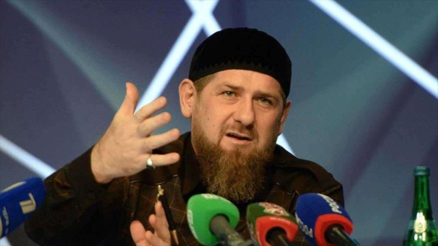 El presidente de la república rusa de Chechenia, Ramzan Kadyrov, en una rueda de prensa.