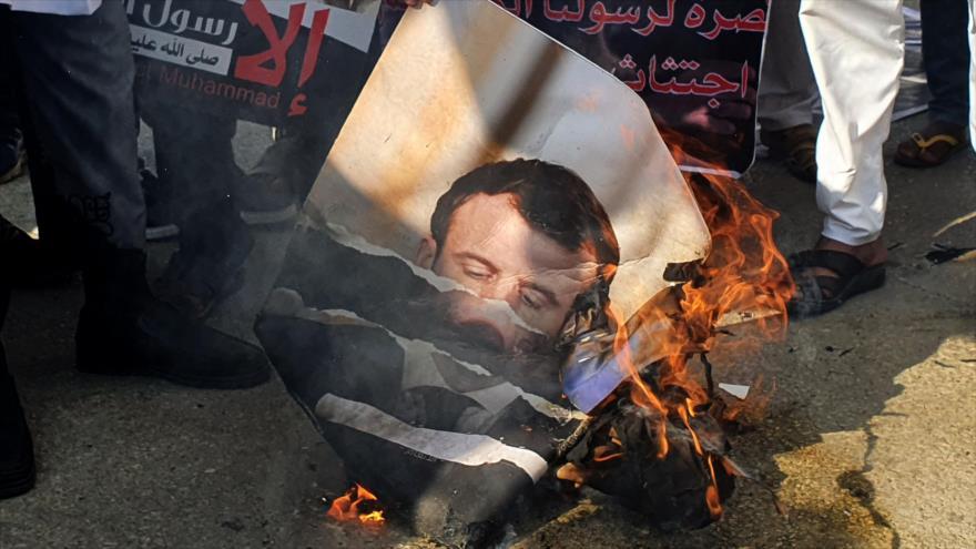 Irán a Macron: Insultar al Profeta también es un acto terrorista | HISPANTV
